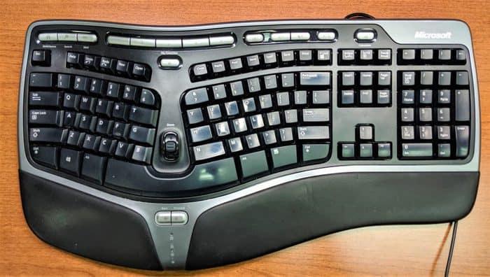 ergonomic keyboard in hindi