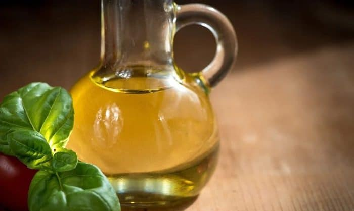jojoba oil uses in hindi